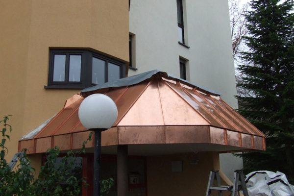 Dachrand Verkleidung in Stuttgart Heumaden
